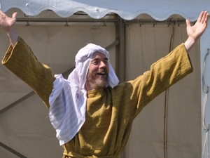 Isle of Wight villagers enjoy Passion Play