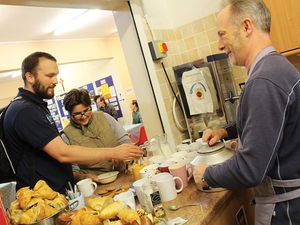 Sunday Suppers offers food, hugs and smiles