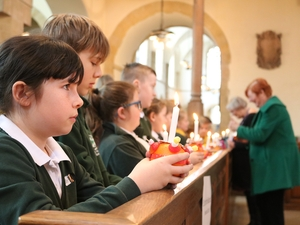 Pupils celebrate 50th anniversary of Christingle services